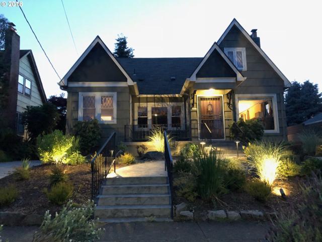 4325 NE 34TH Ave, Portland, OR 97211 (MLS #18004909) :: Team Zebrowski