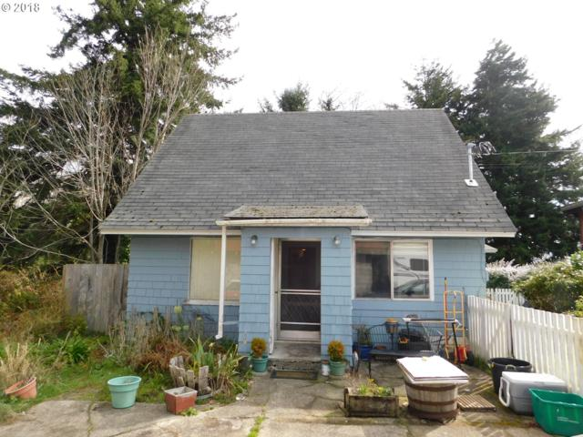 2565 N 10TH St, Coos Bay, OR 97420 (MLS #18006500) :: Hatch Homes Group