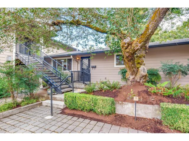 2931 SE Woodward St #10, Portland, OR 97202 (MLS #18009062) :: Portland Lifestyle Team