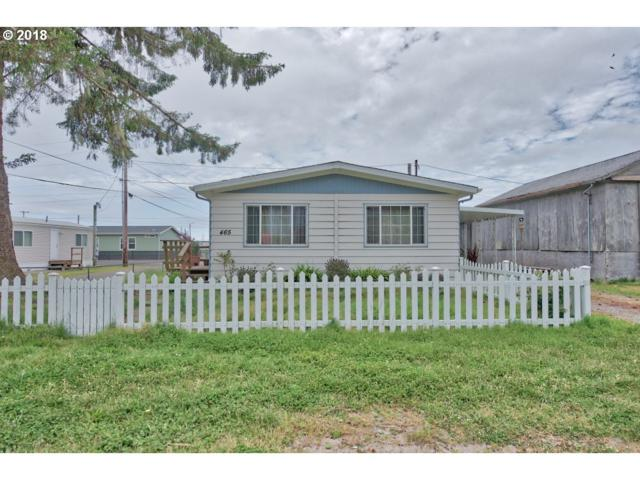465 Broadway Ave, Winchester Bay, OR 97467 (MLS #18009303) :: Keller Williams Realty Umpqua Valley