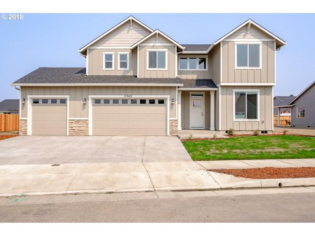 2236 NW Shadden Dr, Mcminnville, OR 97128 (MLS #18009689) :: Portland Lifestyle Team