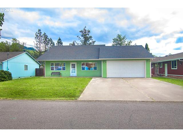 234 Valentine Ave, Sutherlin, OR 97479 (MLS #18013371) :: Keller Williams Realty Umpqua Valley