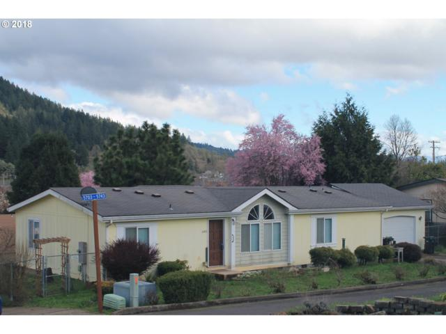 5743 Ridge Crest Dr, Springfield, OR 97478 (MLS #18015285) :: R&R Properties of Eugene LLC