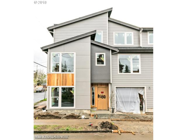 680 NE Webster St, Portland, OR 97211 (MLS #18015520) :: Hatch Homes Group