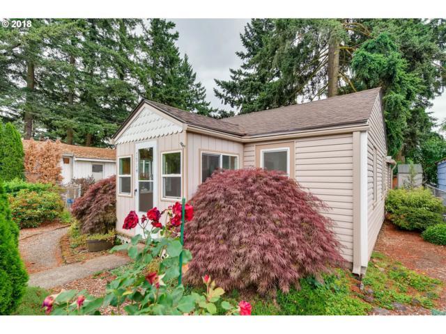 7914 SE Overland St, Milwaukie, OR 97222 (MLS #18022819) :: McKillion Real Estate Group