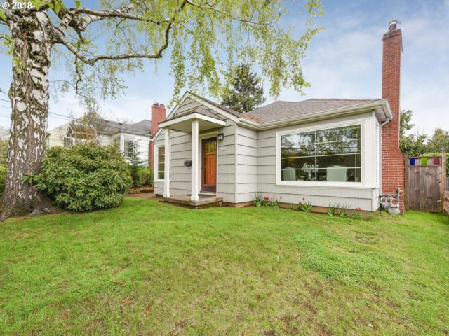 4126 NE 16TH Ave, Portland, OR 97211 (MLS #18024438) :: The Sadle Home Selling Team