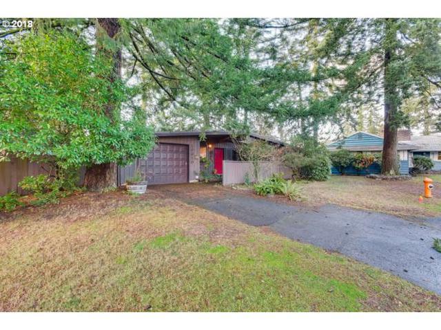12310 NE Hassalo St, Portland, OR 97230 (MLS #18024896) :: Realty Edge