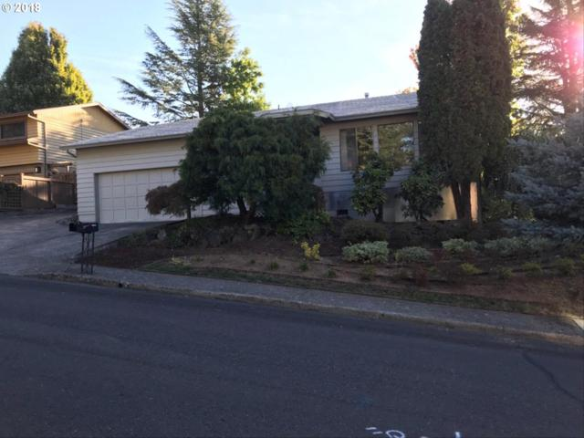 11792 SE 117TH Ave, Happy Valley, OR 97086 (MLS #18025054) :: Matin Real Estate