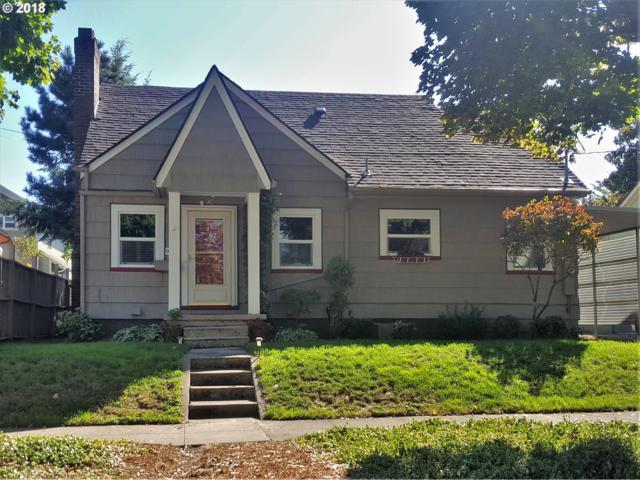 938 SE Mall St, Portland, OR 97202 (MLS #18025703) :: Harpole Homes Oregon