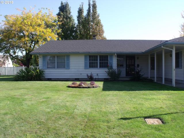 770 N 8TH St, Harrisburg, OR 97446 (MLS #18030698) :: Hatch Homes Group