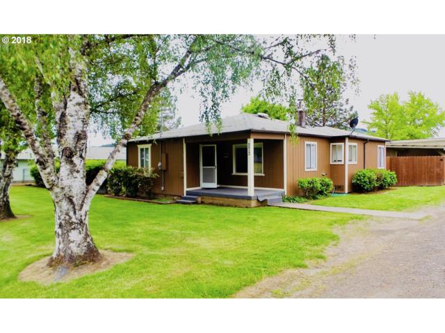 273 Grant St, Sutherlin, OR 97479 (MLS #18034205) :: Keller Williams Realty Umpqua Valley