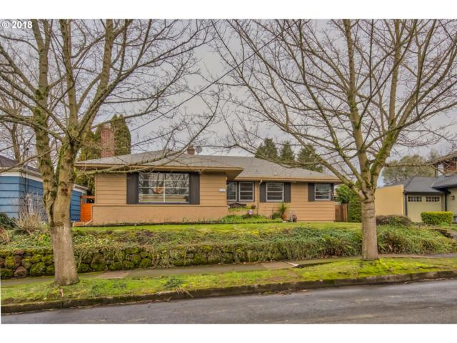 4145 SE Evergreen St, Portland, OR 97202 (MLS #18037984) :: Hatch Homes Group