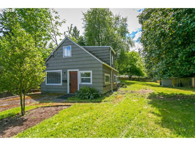 4128 SW Lobelia St, Portland, OR 97219 (MLS #18040293) :: R&R Properties of Eugene LLC