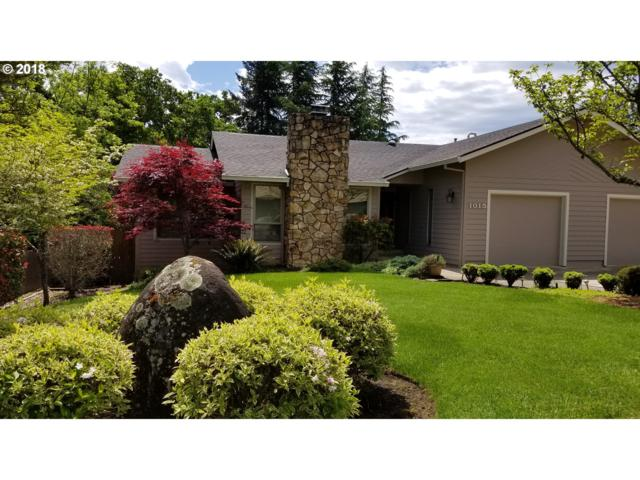 1015 NW Woodwillow Dr, Roseburg, OR 97471 (MLS #18040856) :: Keller Williams Realty Umpqua Valley