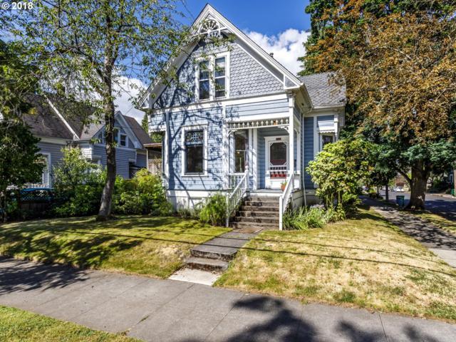 8403 SE 11TH Ave, Portland, OR 97202 (MLS #18041441) :: Harpole Homes Oregon