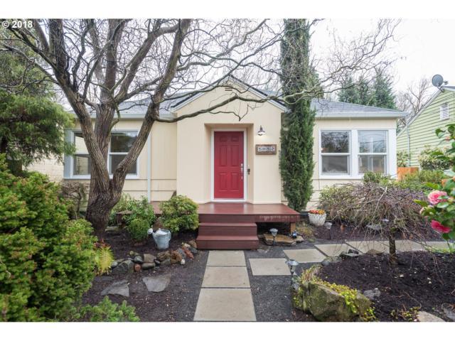5852 SE 23RD Ave, Portland, OR 97202 (MLS #18041459) :: Hatch Homes Group