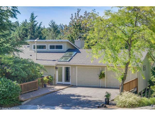 2924 SW Bucharest Ct, Portland, OR 97225 (MLS #18042827) :: Hatch Homes Group