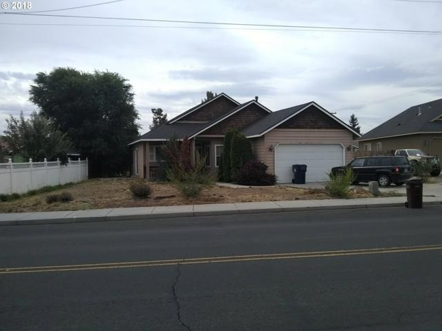 2242 SW Quartz Ave, Redmond, OR 97756 (MLS #18043228) :: Song Real Estate