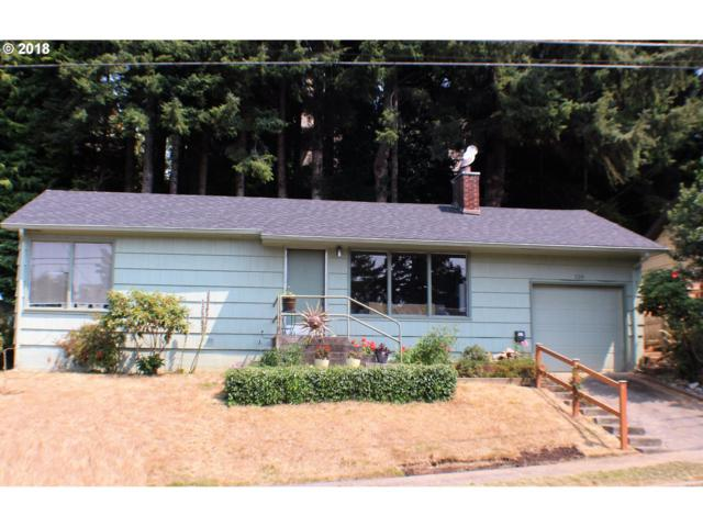 724 N 9TH, Coos Bay, OR 97420 (MLS #18046279) :: Cano Real Estate