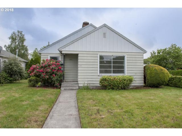 621 NW 45TH St, Vancouver, WA 98660 (MLS #18048547) :: The Dale Chumbley Group