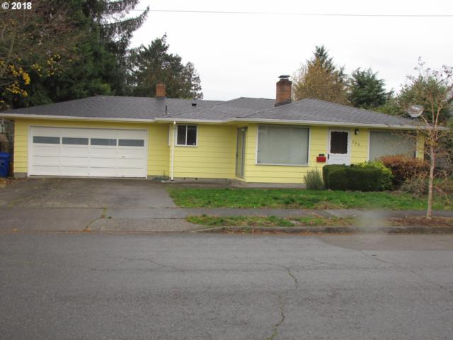 925 NE 104TH Ave, Portland, OR 97220 (MLS #18048776) :: The Liu Group