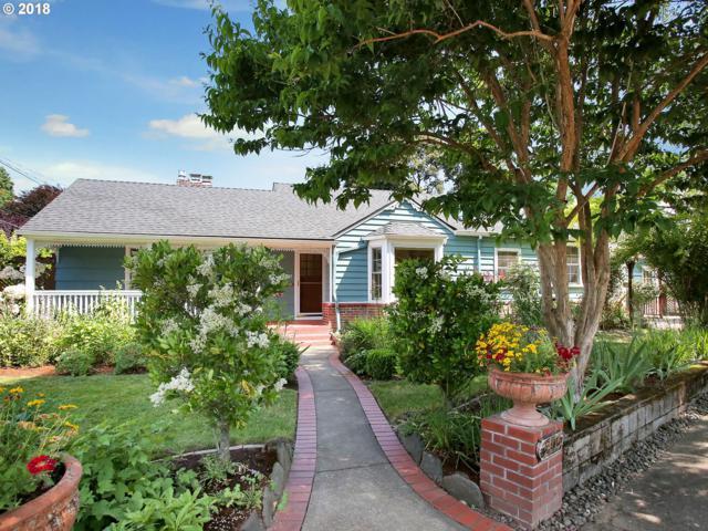 3405 SE Insley St, Portland, OR 97202 (MLS #18051445) :: McKillion Real Estate Group