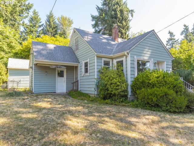3637 SW Comus St, Portland, OR 97219 (MLS #18052444) :: Next Home Realty Connection