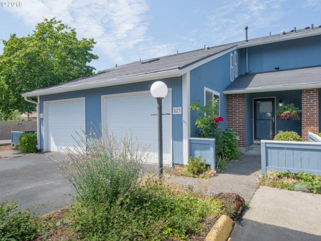 823 NE 90TH Ave, Portland, OR 97220 (MLS #18052833) :: Team Zebrowski