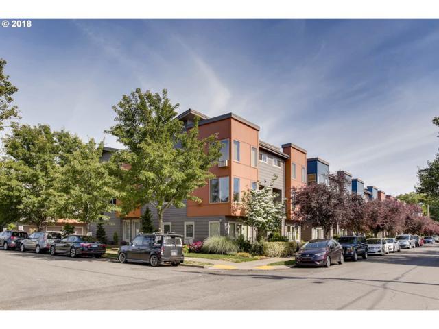 7561 N Leavitt Ave, Portland, OR 97203 (MLS #18056294) :: Hatch Homes Group