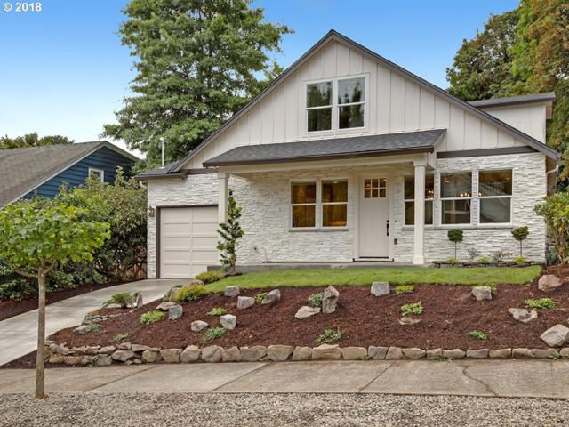 336 SW Florida St, Portland, OR 97219 (MLS #18056601) :: The Sadle Home Selling Team