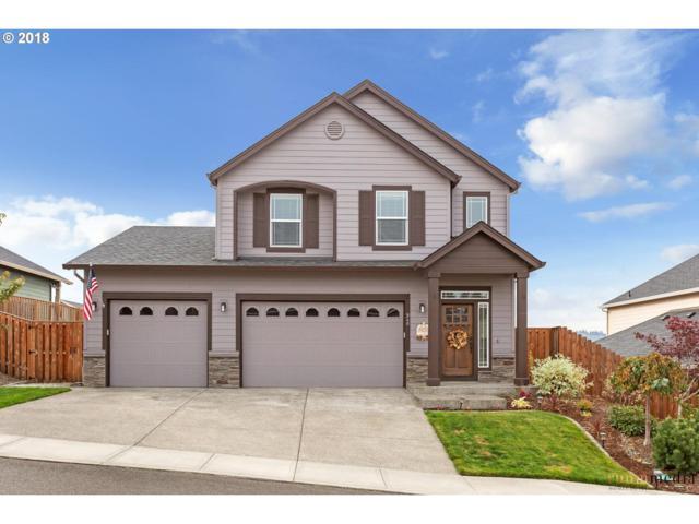 940 NE Tailor St, Estacada, OR 97023 (MLS #18057034) :: Stellar Realty Northwest