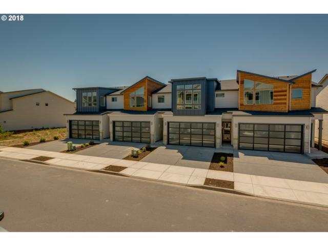 12343 NE 116TH Way #2, Vancouver, WA 98682 (MLS #18063361) :: Hatch Homes Group