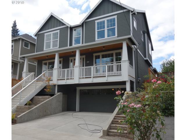 4729 SE 36th Pl, Portland, OR 97202 (MLS #18069506) :: Hatch Homes Group