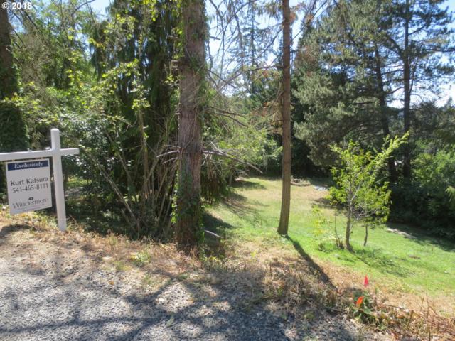 Laurelwood Ln #3, Eugene, OR 97401 (MLS #18071536) :: Song Real Estate
