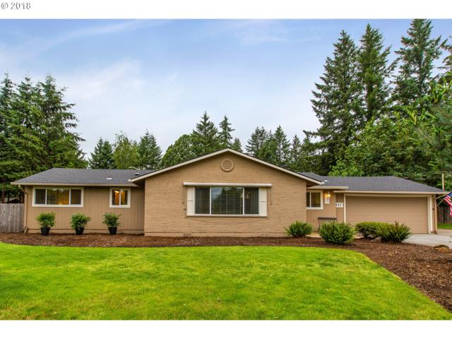 327 Park Dr, Oregon City, OR 97045 (MLS #18074414) :: Matin Real Estate