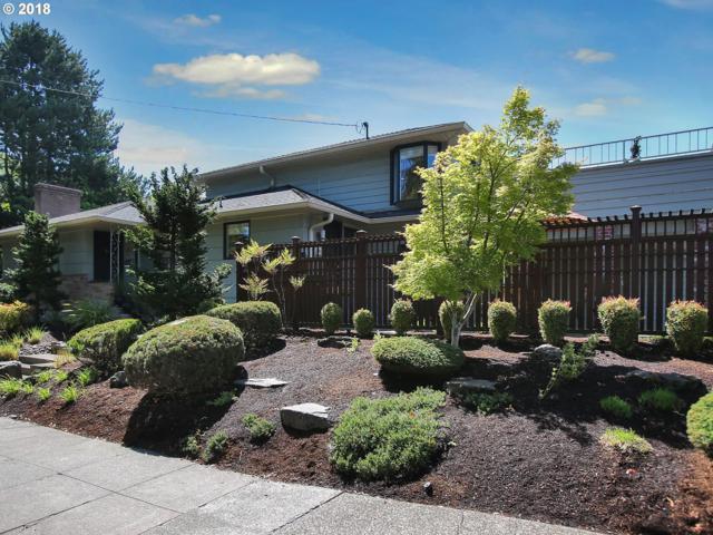 2010 SE Bybee Blvd, Portland, OR 97202 (MLS #18074818) :: Hatch Homes Group