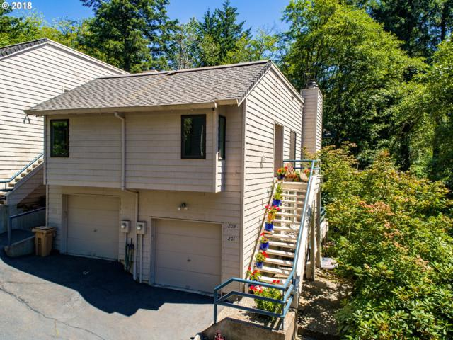 203 Cervantes, Lake Oswego, OR 97035 (MLS #18076178) :: Beltran Properties at Keller Williams Portland Premiere