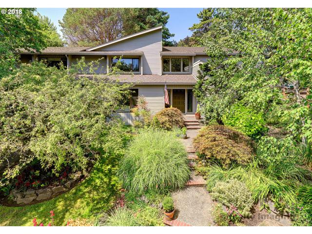4791 SW Lowell Ct, Portland, OR 97221 (MLS #18076907) :: McKillion Real Estate Group