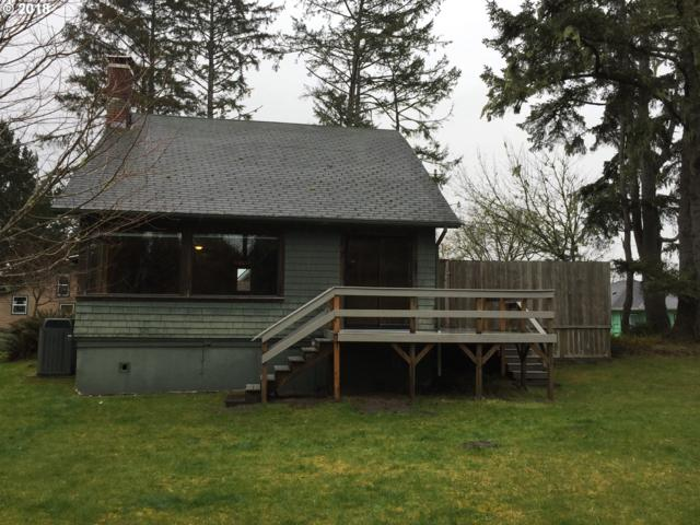 1003 41ST Pl, Seaview, WA 98644 (MLS #18077715) :: Song Real Estate