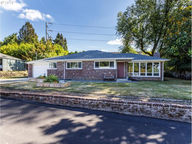 6710 SW Pine St, Tigard, OR 97223 (MLS #18080065) :: The Sadle Home Selling Team