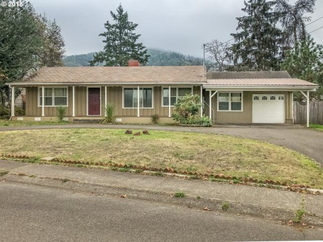 2917 W Sherwood Ave, Roseburg, OR 97471 (MLS #18080653) :: Hatch Homes Group