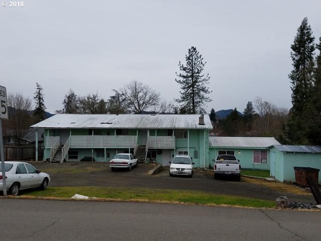 381 SE Darrell Ave, Winston, OR 97496 (MLS #18082642) :: Keller Williams Realty Umpqua Valley