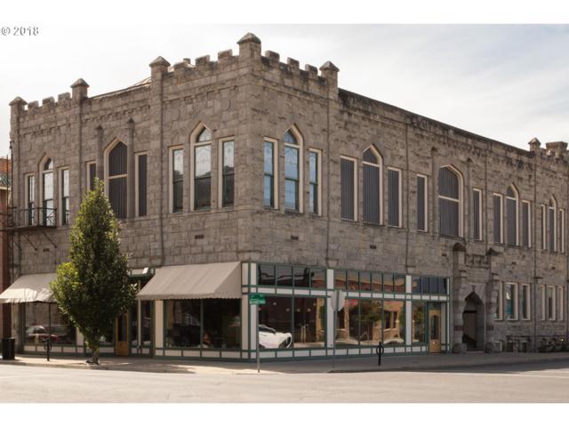 2005 Washington Ave, Baker City, OR 97814 (MLS #18084931) :: Realty Edge