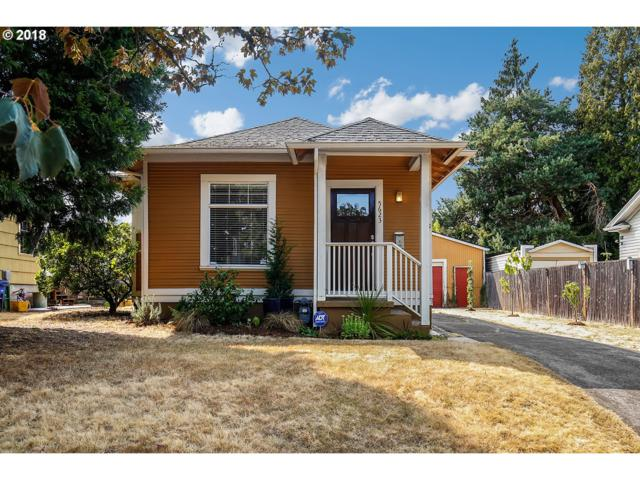 5623 NE 15TH Ave, Portland, OR 97211 (MLS #18086746) :: Hatch Homes Group