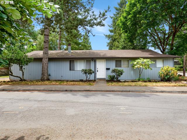 2226 SE Tacoma St, Portland, OR 97202 (MLS #18093586) :: Premiere Property Group LLC