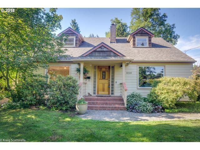 3220 SW Spring Garden St, Portland, OR 97219 (MLS #18097161) :: Hatch Homes Group