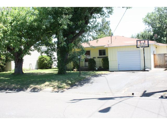 155 W Tanager St, Roseburg, OR 97471 (MLS #18097237) :: Fox Real Estate Group