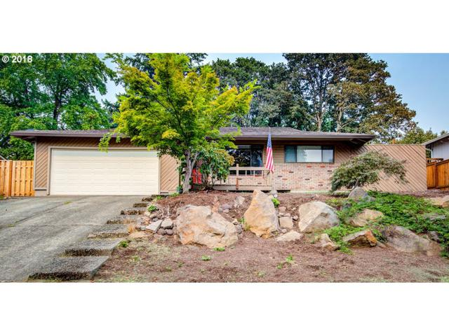1515 Columbia Ave, Gladstone, OR 97027 (MLS #18097609) :: Hatch Homes Group
