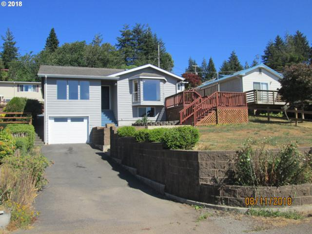 576 12TH Ave, Coos Bay, OR 97420 (MLS #18097783) :: The Sadle Home Selling Team