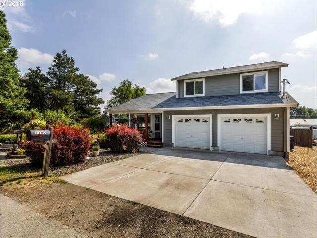 9180 SW 310TH Ave, Cornelius, OR 97113 (MLS #18099522) :: Hatch Homes Group